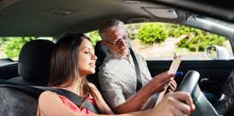 Cum rezolvi chestionare auto? Clasic sau online?
